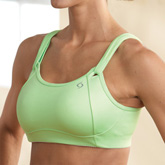 Best Sports Bra for Nursing Moms - The Mom Edit