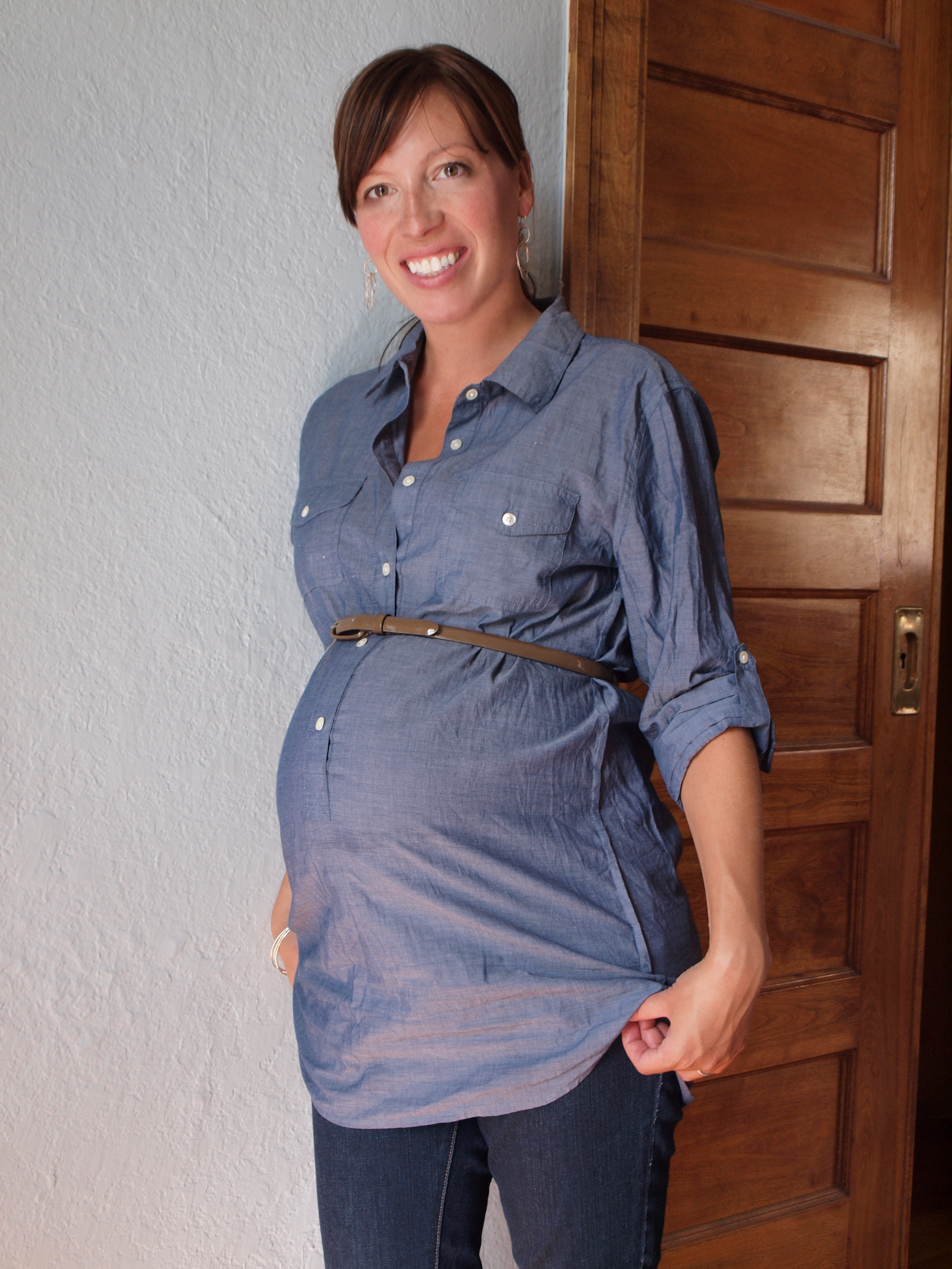 Styling the bump second trimester tips the mom edit p8214239 p8214256 ombrellifo Choice Image
