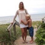 Mom Street Style: Jen Rocks a Cool Skort (and my fav combo: blush + white)