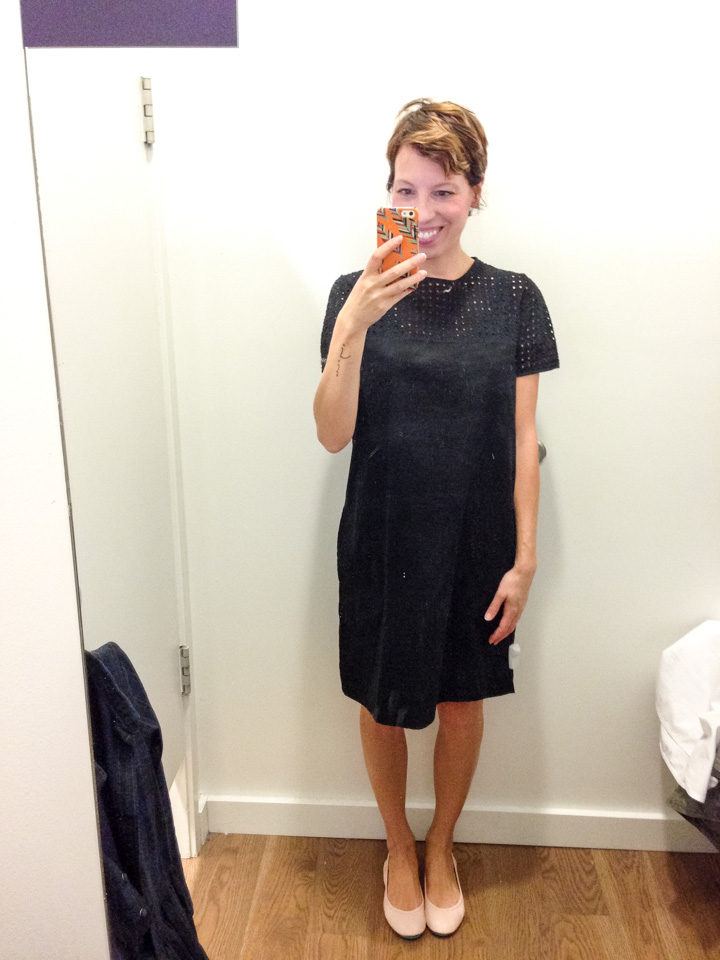 gap-dress-dressingroomselfie-3