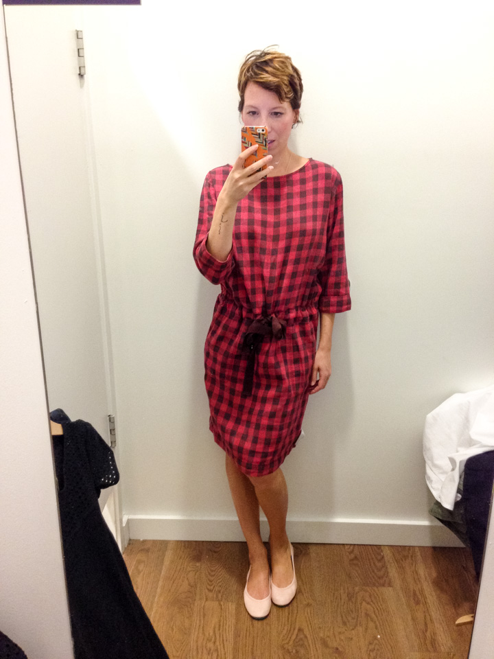 gap-dress-dressingroomselfie-5