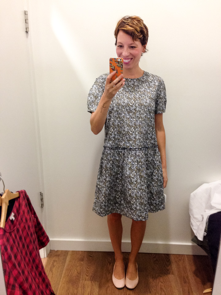 gap-dress-dressingroomselfie-6