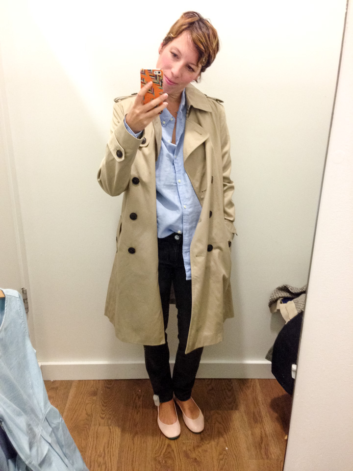 gap-washedblack-jeans-boyfriend-shirt-gap-trench-coat