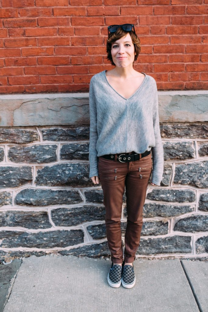 howtolayer-freepeople-sweater-paige-faux-leather-jeans-classic-vans