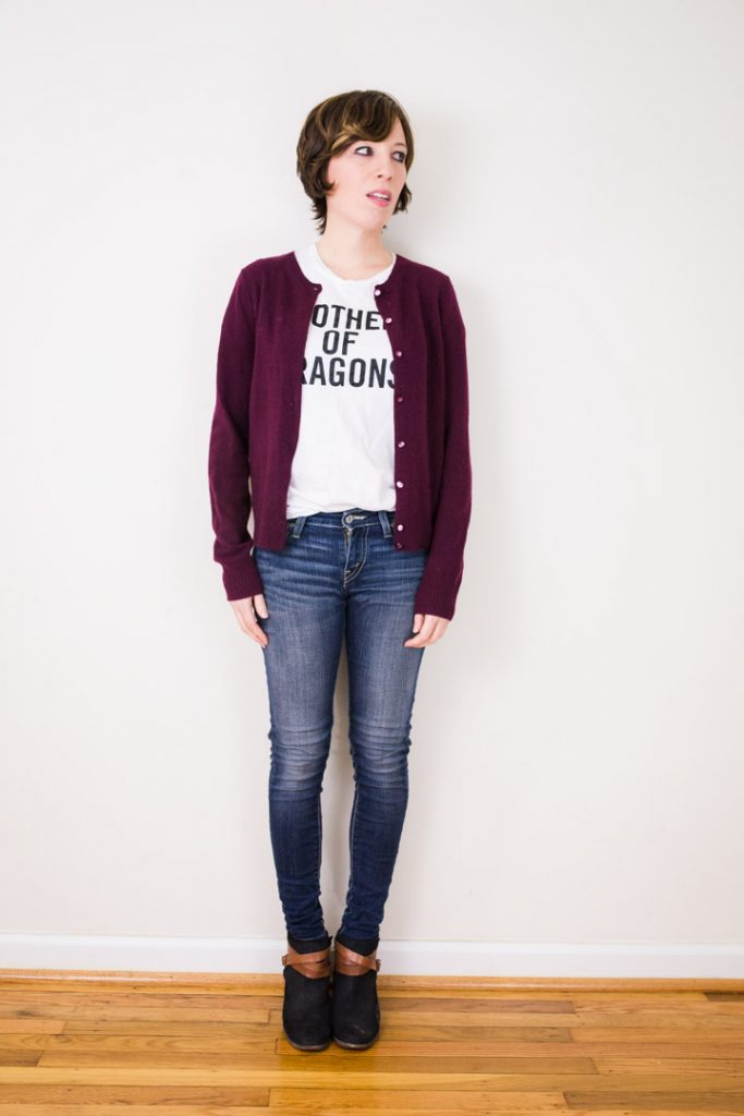 ankle-boots-skinny-jeans-cardigan-motherofdragons-tee