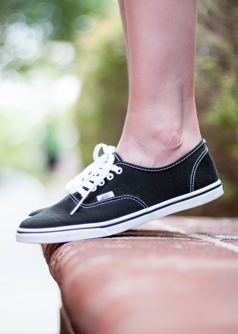 vans-authentic-lo-pro-sneaker