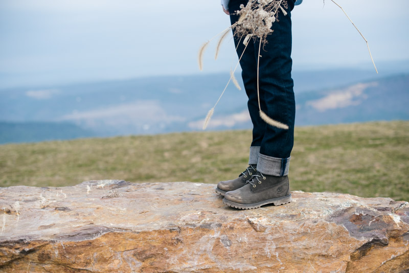 how-to-wear-hiking-boots