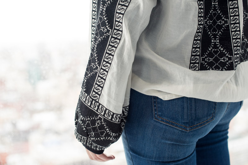 embroidered-sleeves