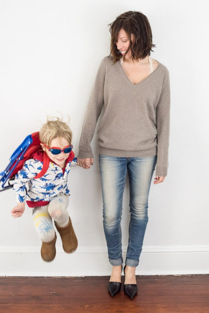 boden-cashmere-relaxed-v-sweater