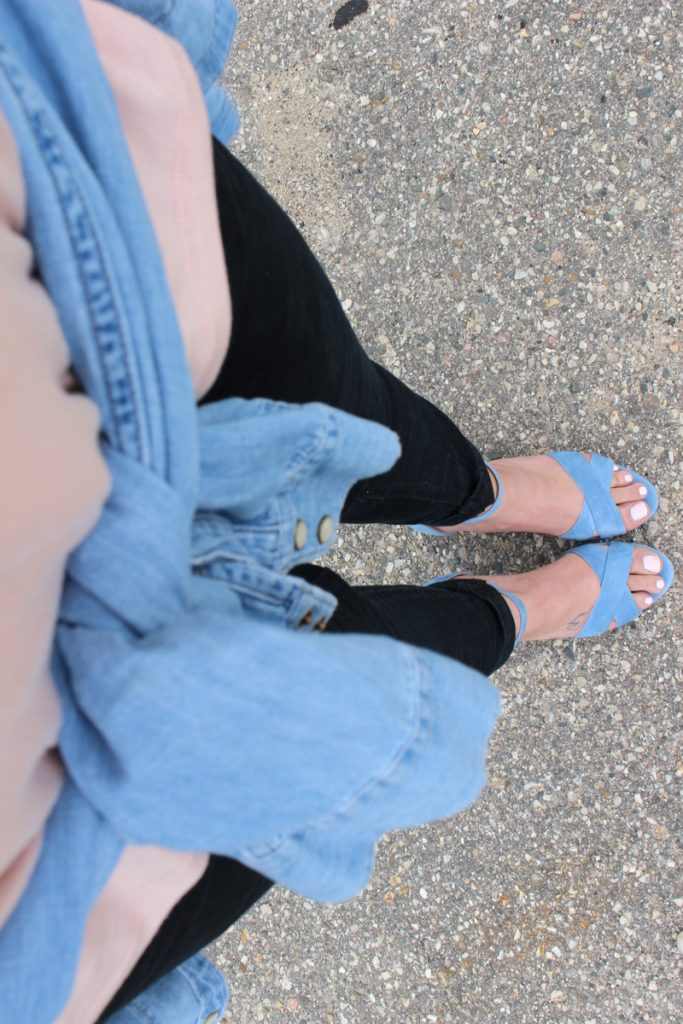 pink and light blue outfit 4 close up with heels