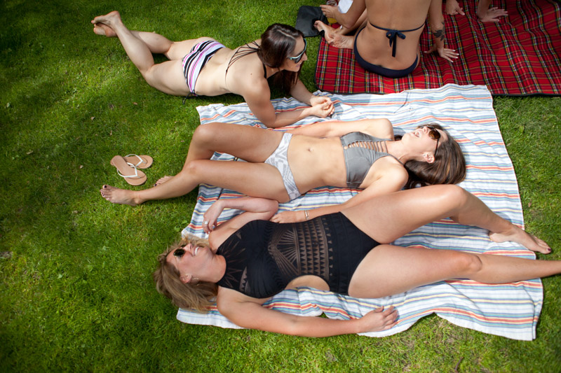 swimsuits-for-moms-5