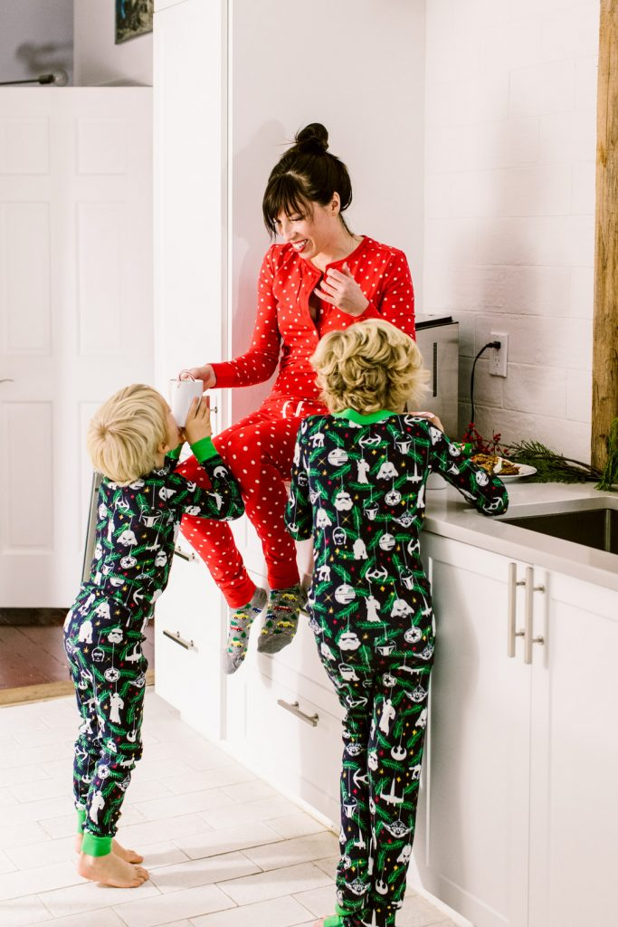 holiday_pjs_13