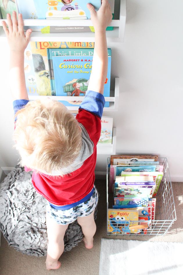 cool-book-storage-kids-room