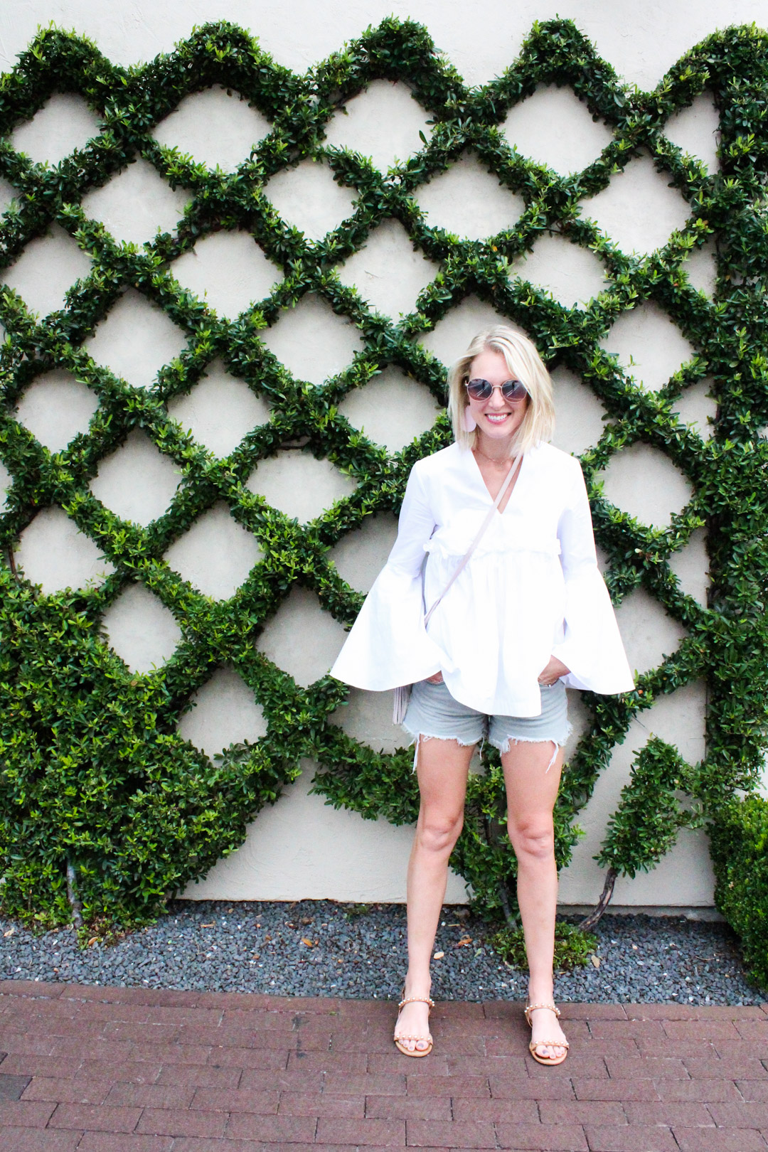 bell-sleeve-top-and-cutoff-shorts