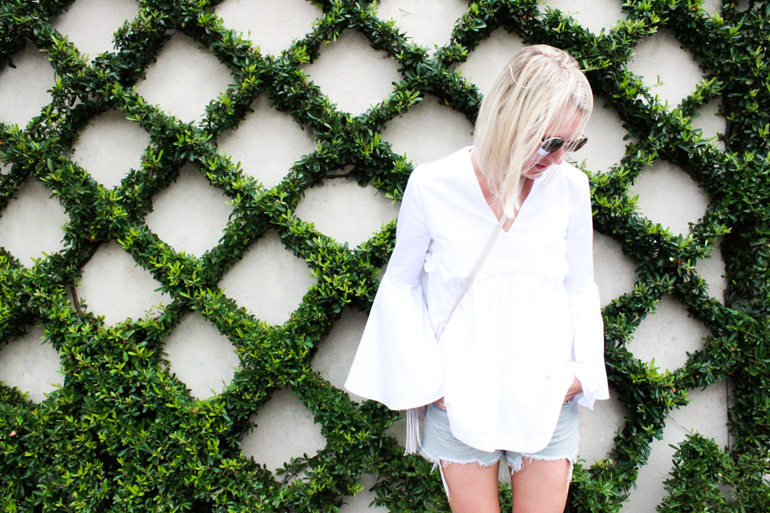 the-best-white-bell-sleeve-tops