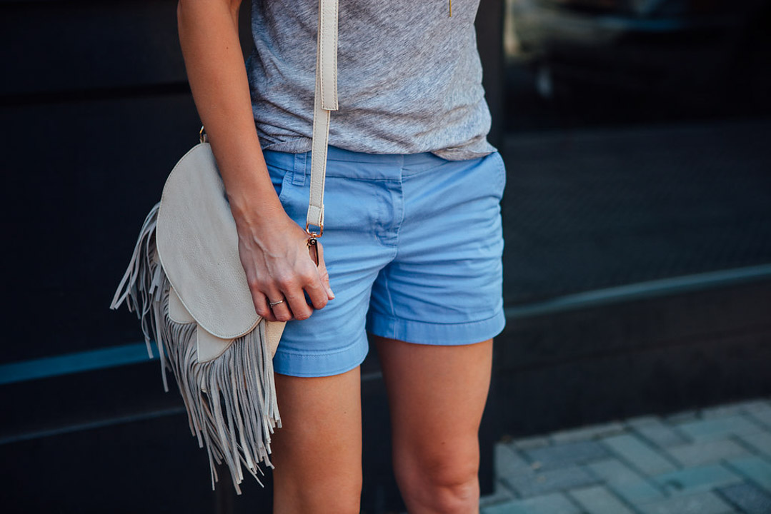 chino shorts outfit