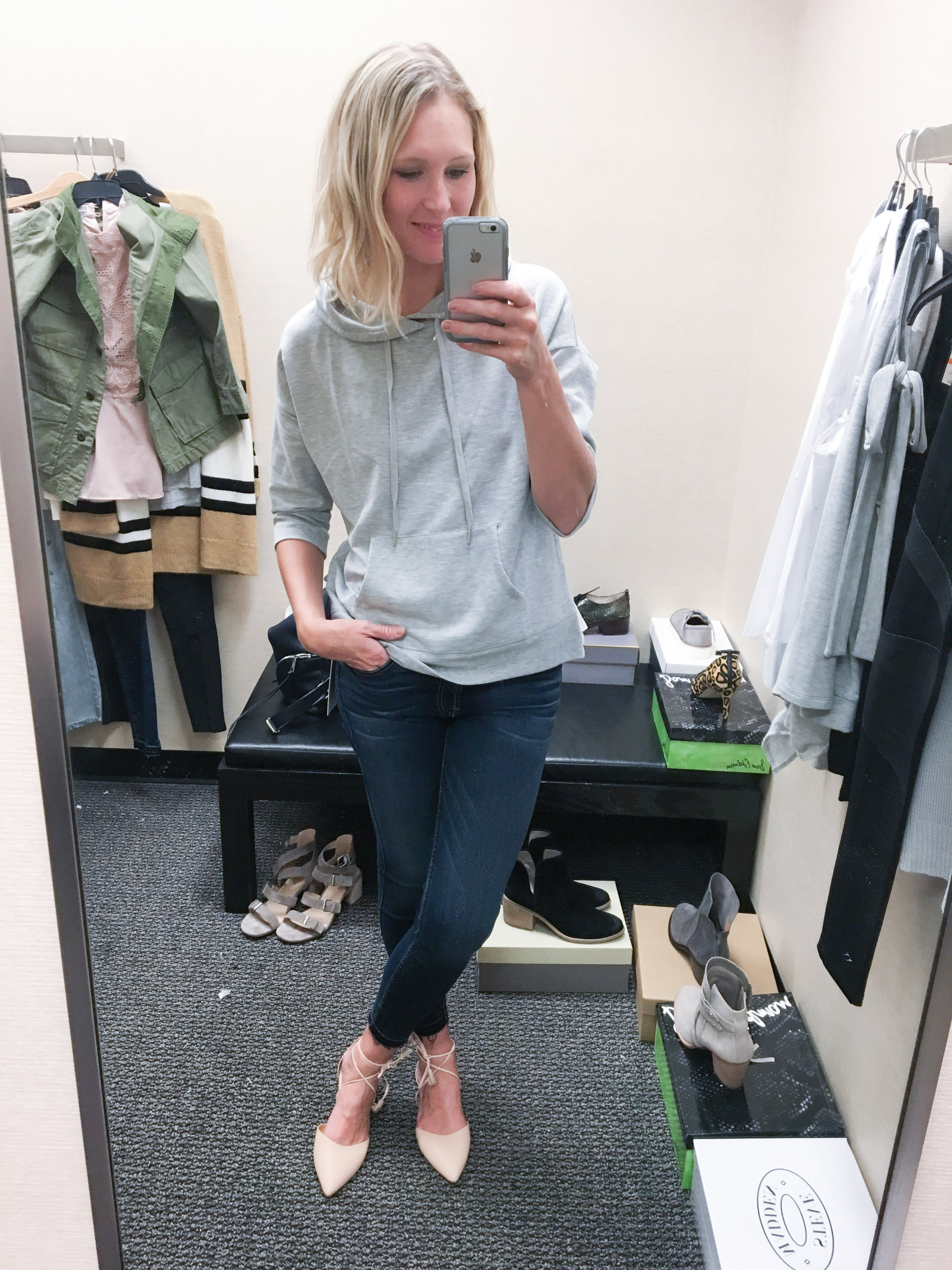 girly sweatshirt with jeans and ballet flats (1 of 1)