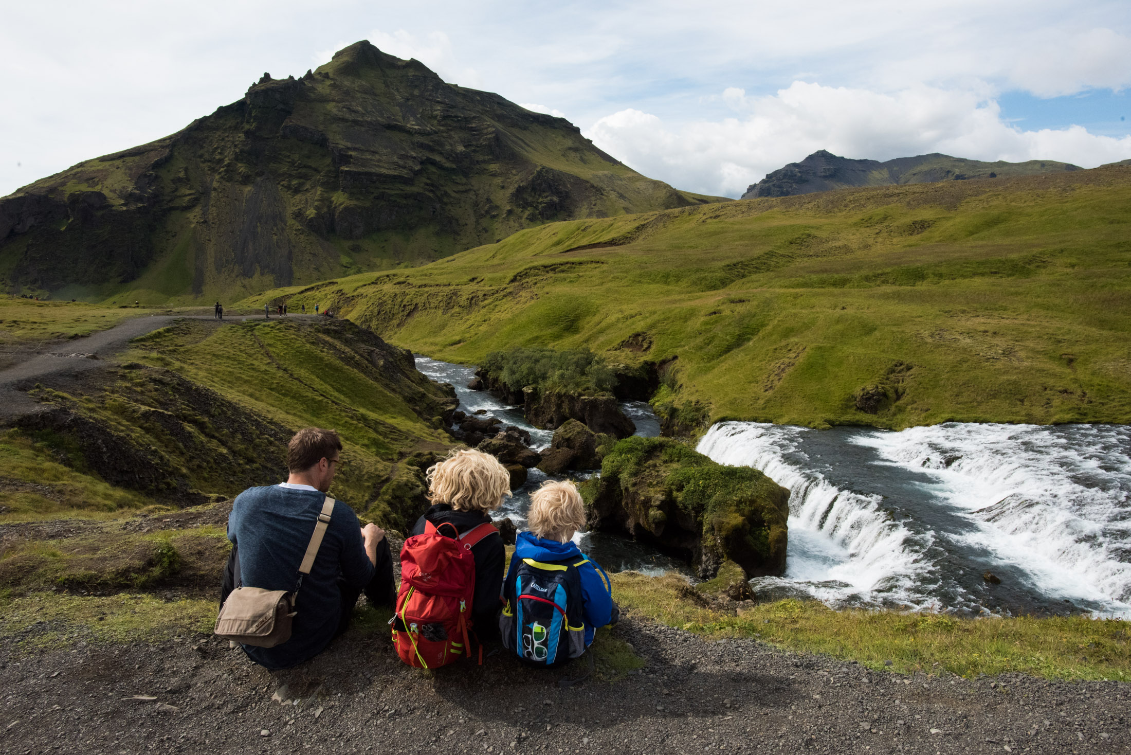 hiking with kids iceland