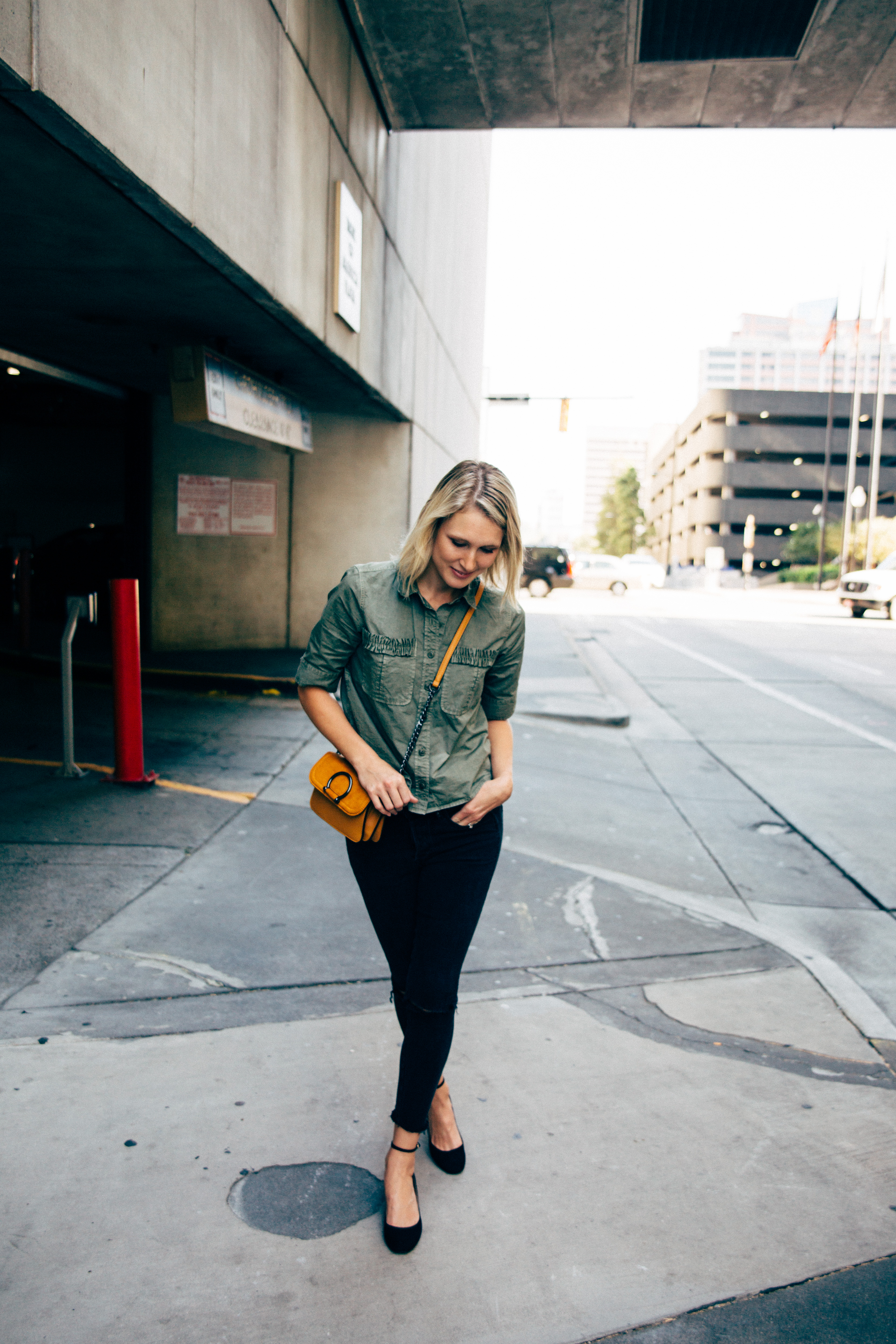 easy-fall-date-night-outfit
