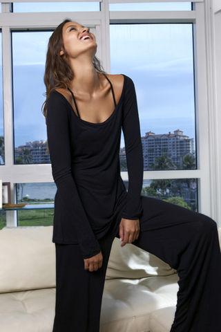 Levy-Kate-Black