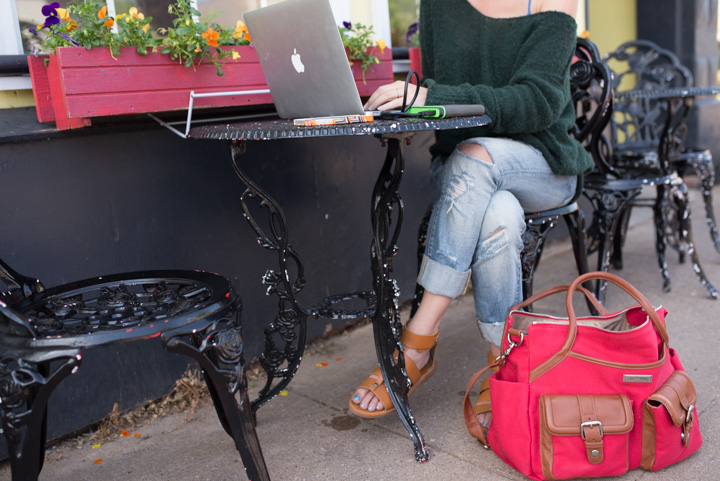 mobile-office-giveaway-lily-jade-diaper-bag-4
