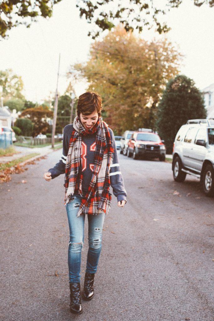 wildfox-sweatshirt-madewell-scarf-marcjacobs-boots-4