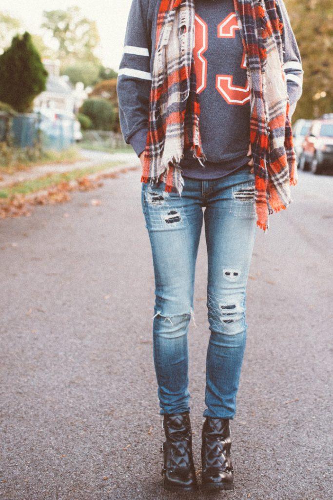 wildfox-sweatshirt-madewell-scarf-marcjacobs-boots-5