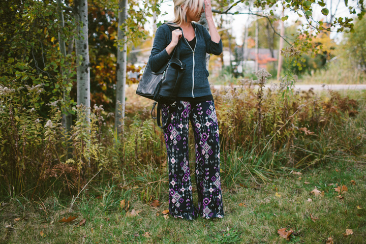 how-to-wear-printed-pants-2
