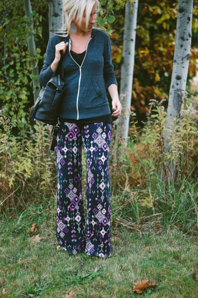 how-to-wear-printed-pants-4