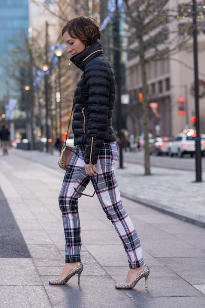 joes-plaid-jeans-french-connection-jacket-ray-bans-3