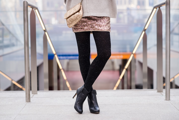 sequin-skirt-black-ankle-boots-cozy-sweater-3