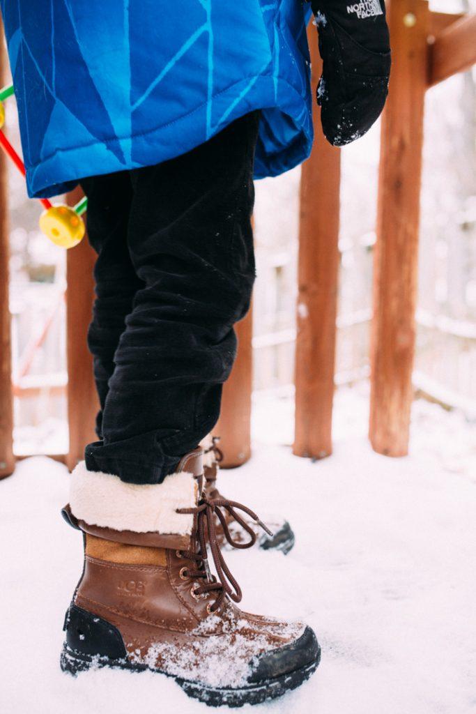 winterboots-kids-uggs-northface-jacket-3