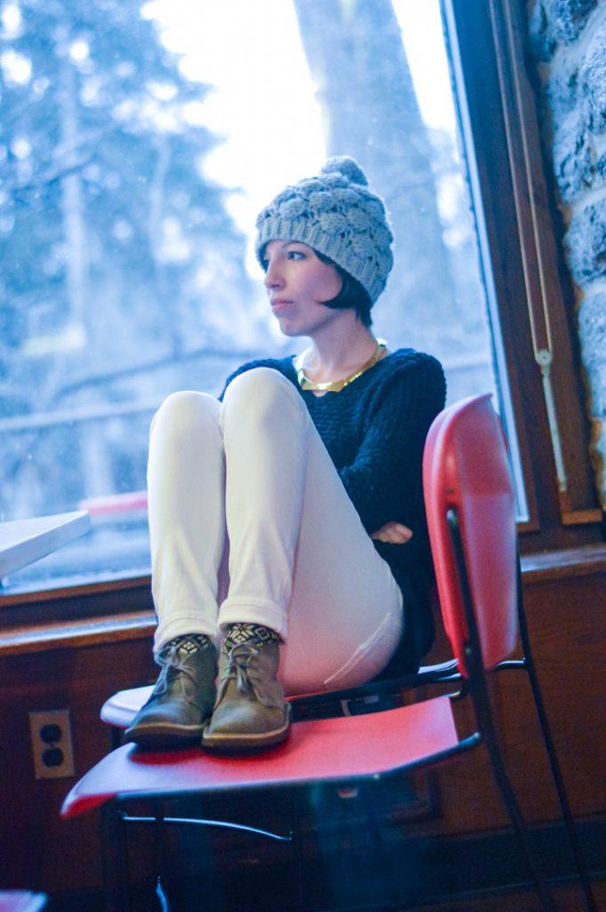 clarks-desert-boots-white-jeans-vince-sweater-gold-jcrew-choker-gray-hat