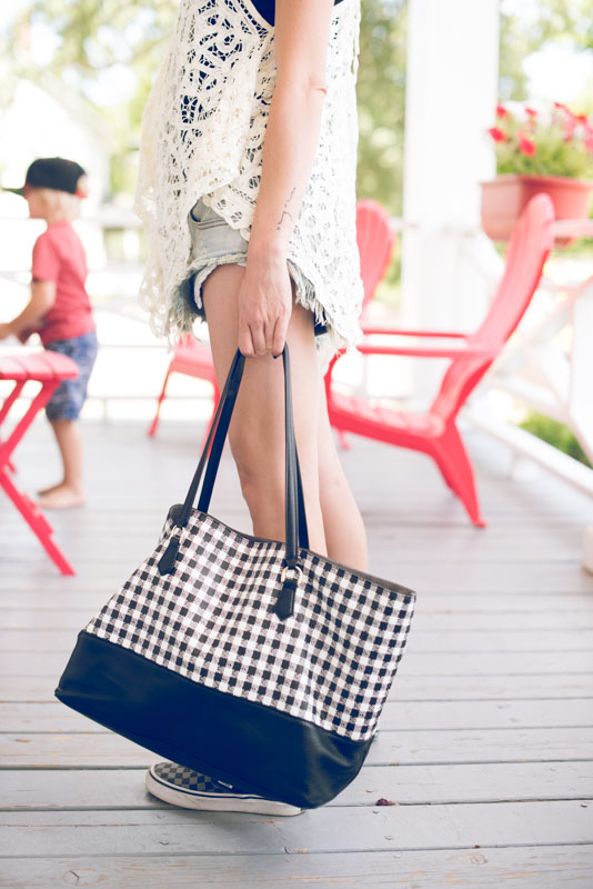 checked-tote