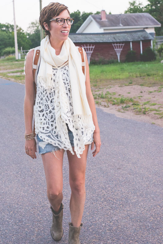 cut-offs-and-short-boots