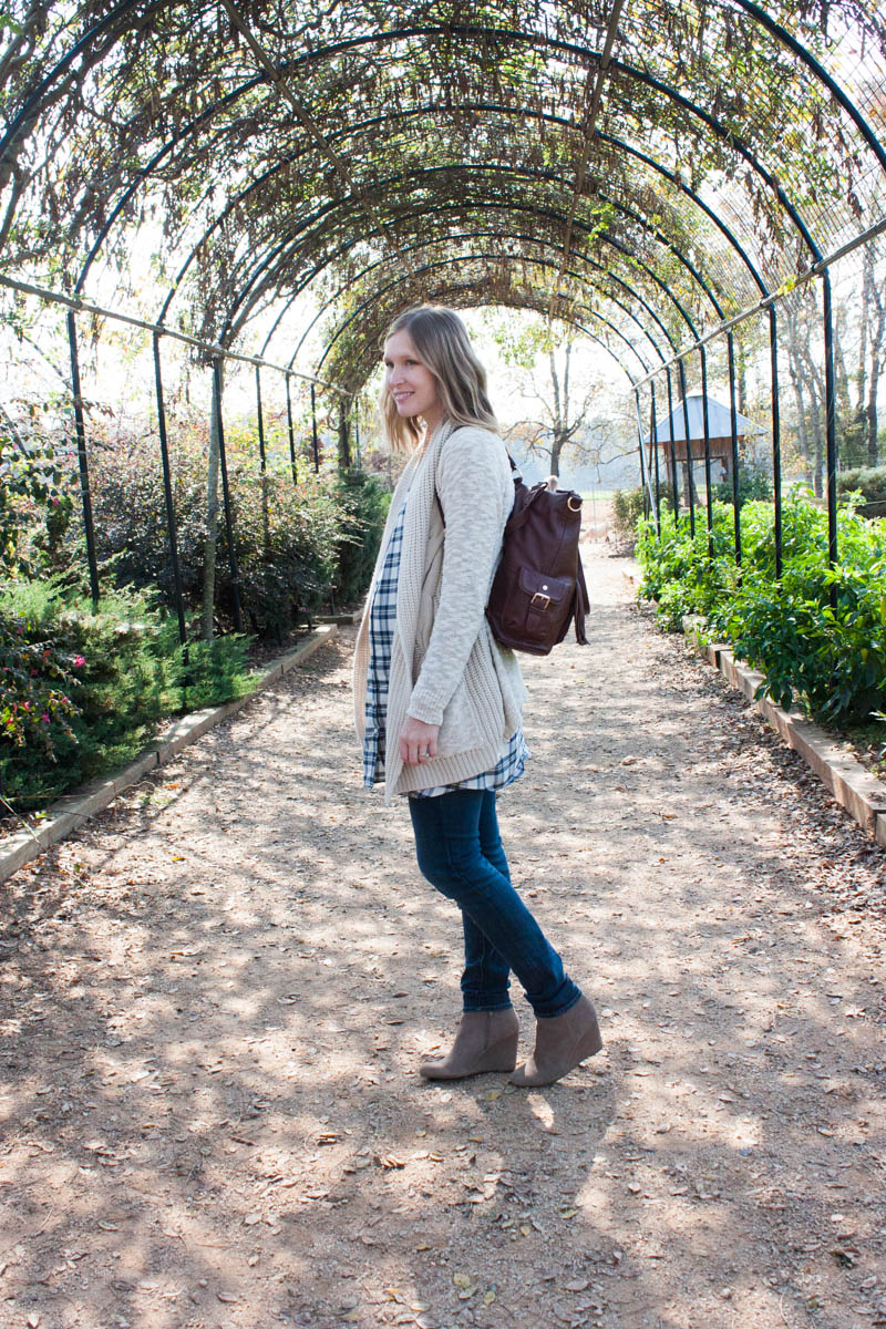 cool-maternity-outfits-for-cold-weather