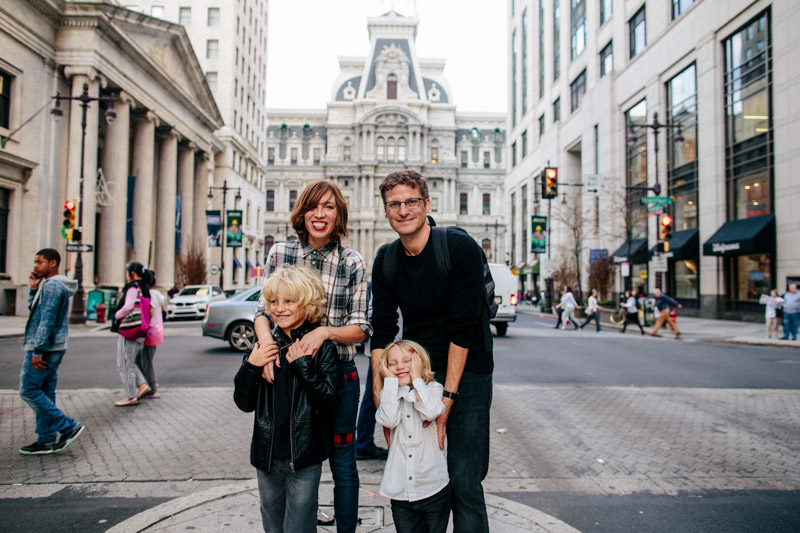 what-to-wear-for-a-family-photo-fall