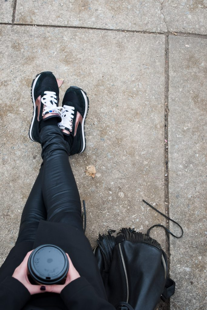 black-sneakers-with-rose-gold