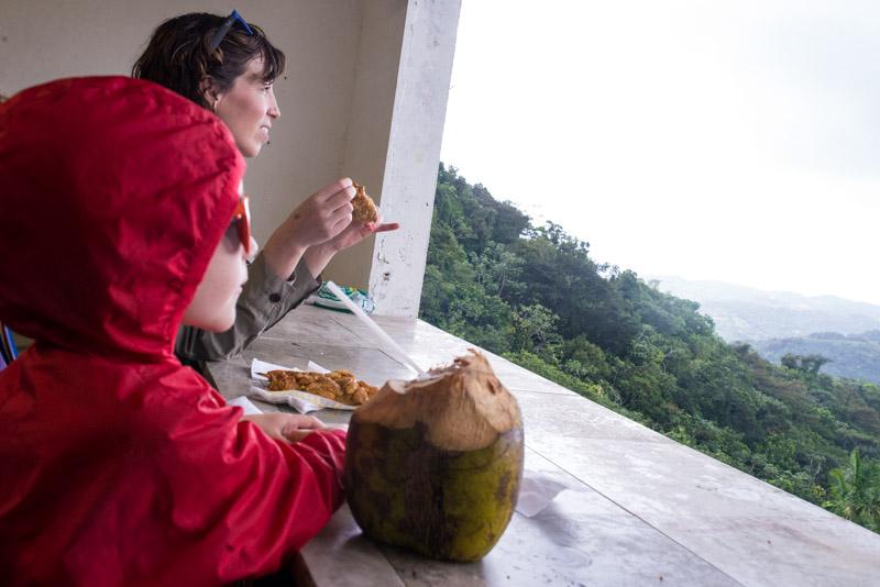 yunque-coconut-water
