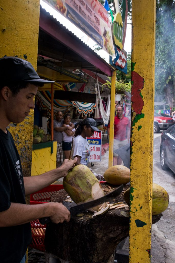 yunque-food-stand