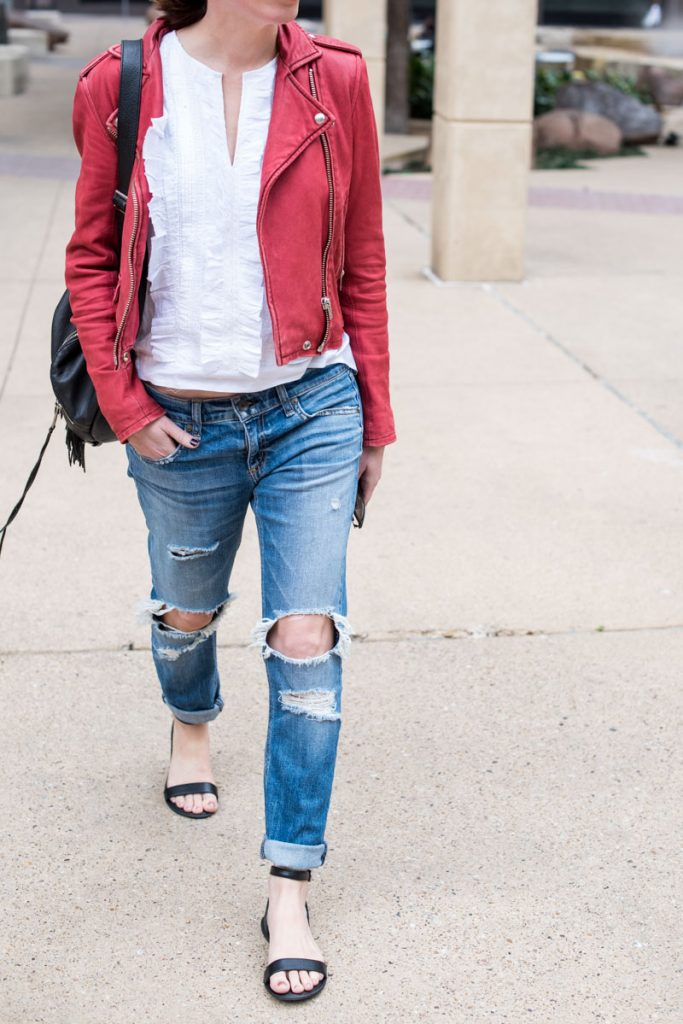 ripped-boyfriend-jeans