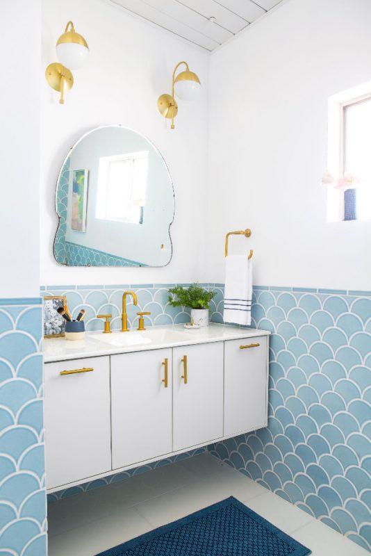 interesting-bathroom-mirror