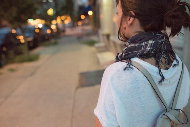 lightweigh-plaid-scarf