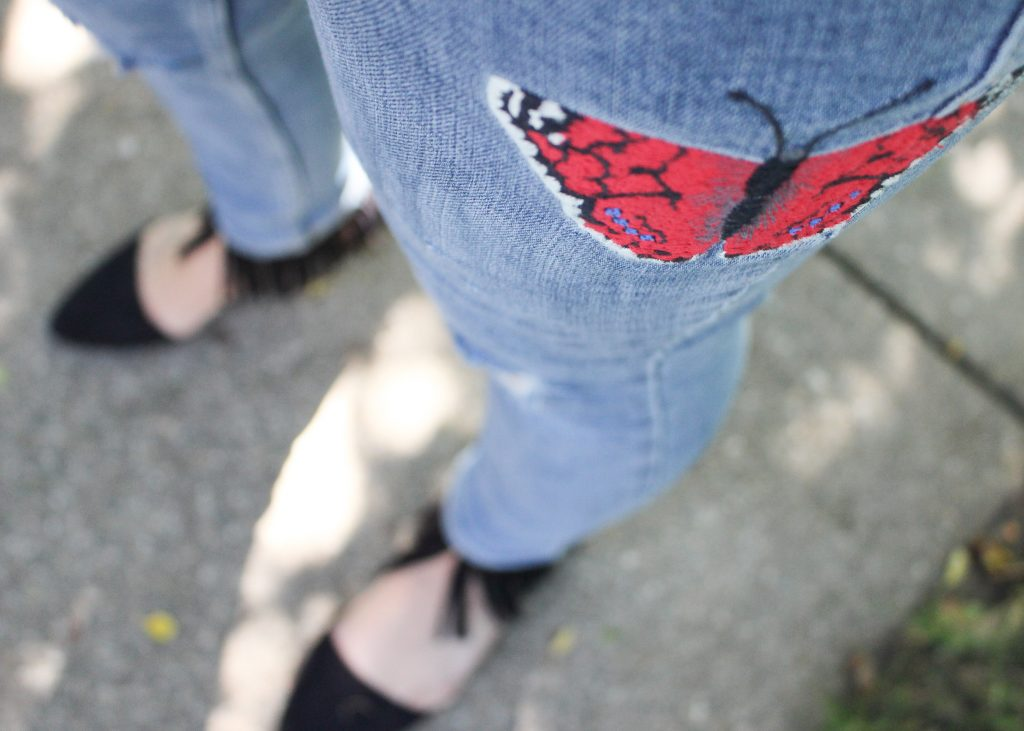 embroidered-jeans-detail1
