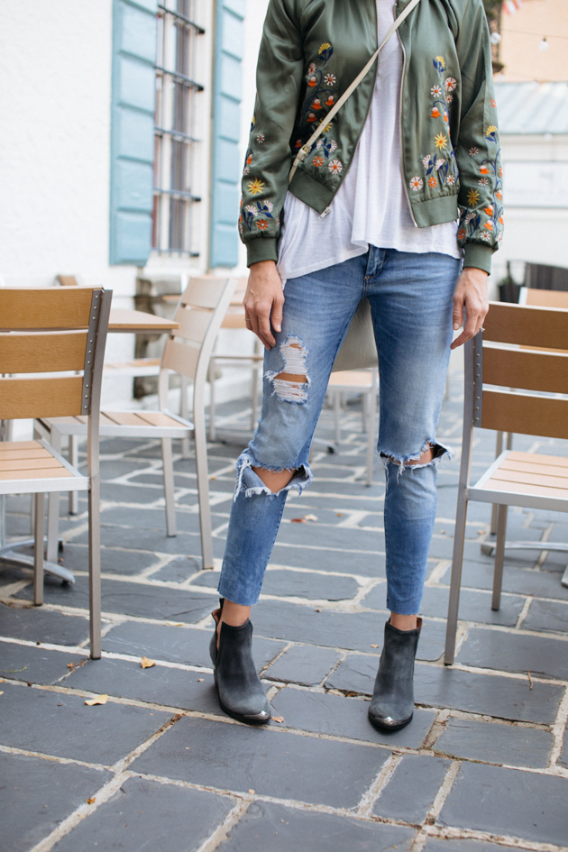 styling-bomber-for-spring