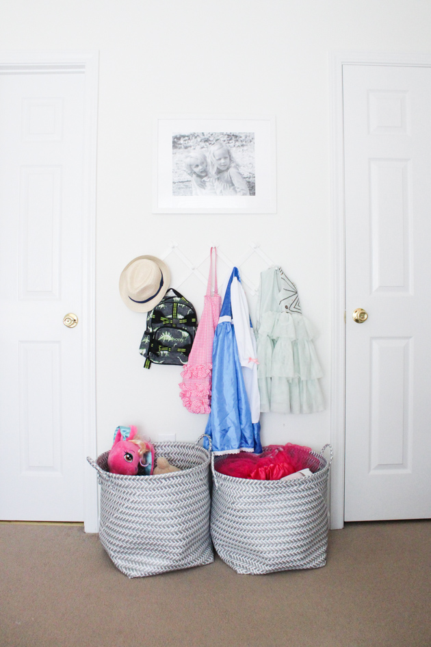 dress-up-storage-idea