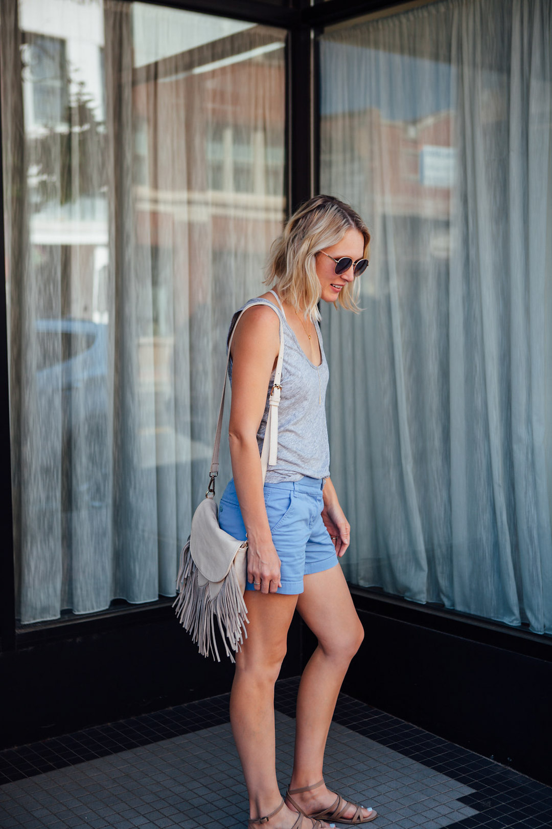 casual shorts outfit for summer