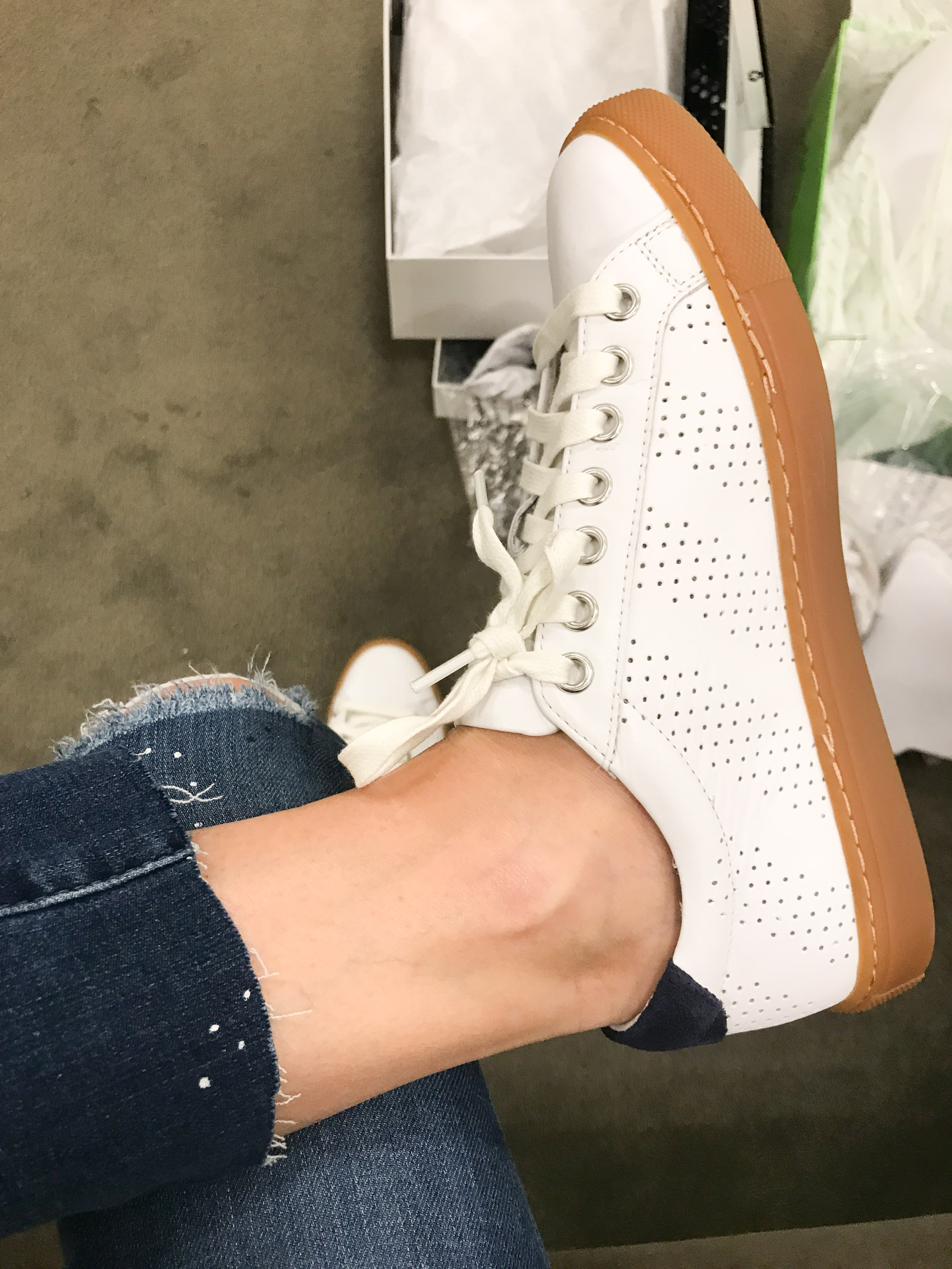 9c2c3032992 ... pairs of white sneaks (including this gorg pair from The Greats) I  would ve snapped these up. They have such a cool