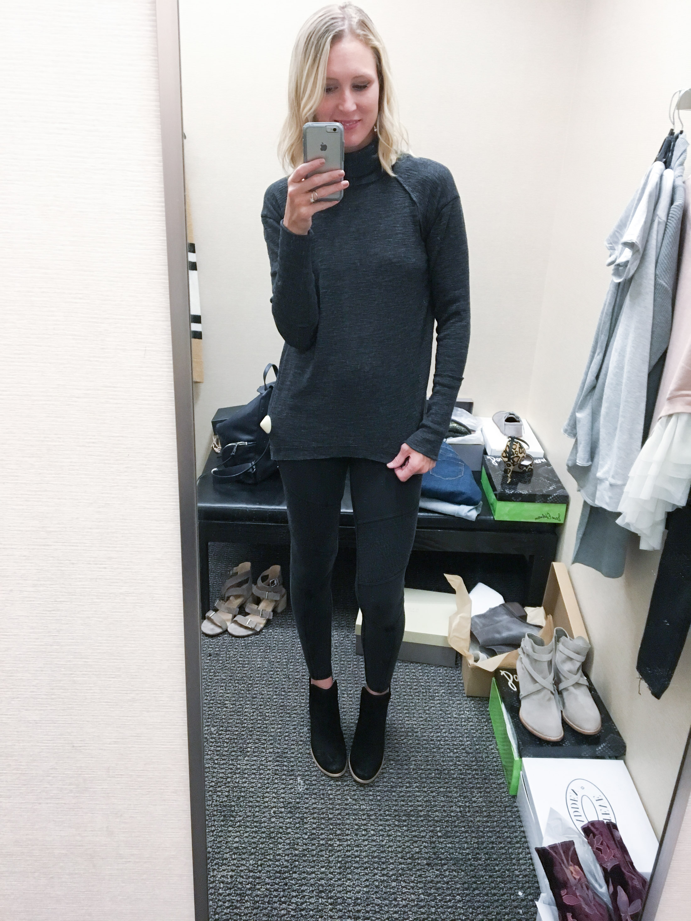 moto legging and black boots (1 of 1)