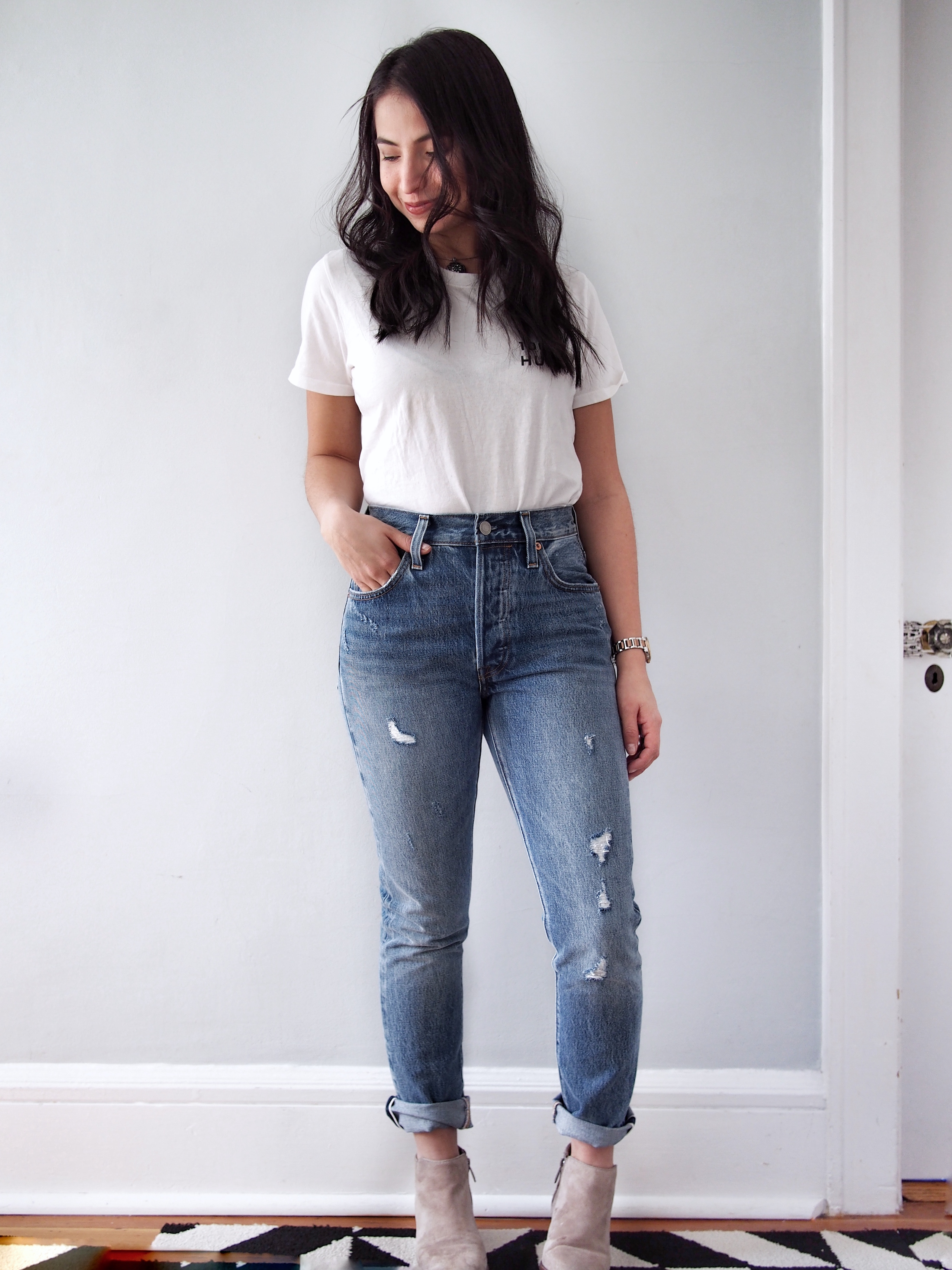 74e380c7ee5b1b Your Guide to Levi's 501 Jeans (See Them On, Too!) | The Mom Edit